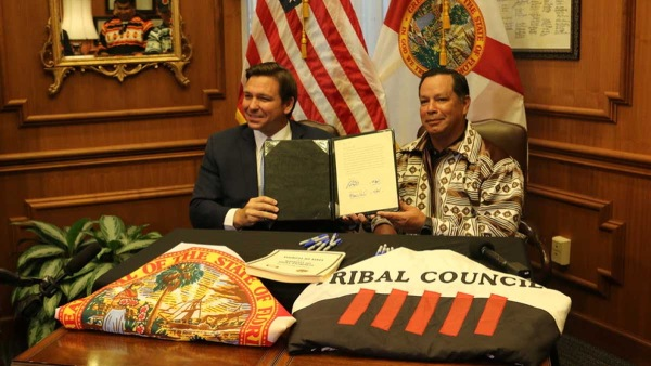 佛州批准與塞米諾爾部落協議
